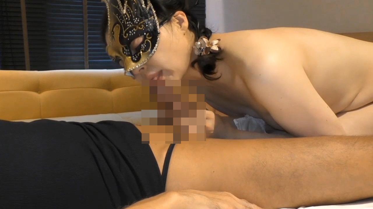FC2 PPV 1495274 【個人撮影】43歳熟女妻の体は熟れ尽くした後の輝きに満ちて 丁寧な愛撫と相まって突き抜けた恍惚を感じてる・・・