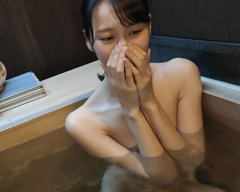 【無】ミスコン入賞経験ありの172cmスレンダー女子・旅館個室露天風呂連続中出し